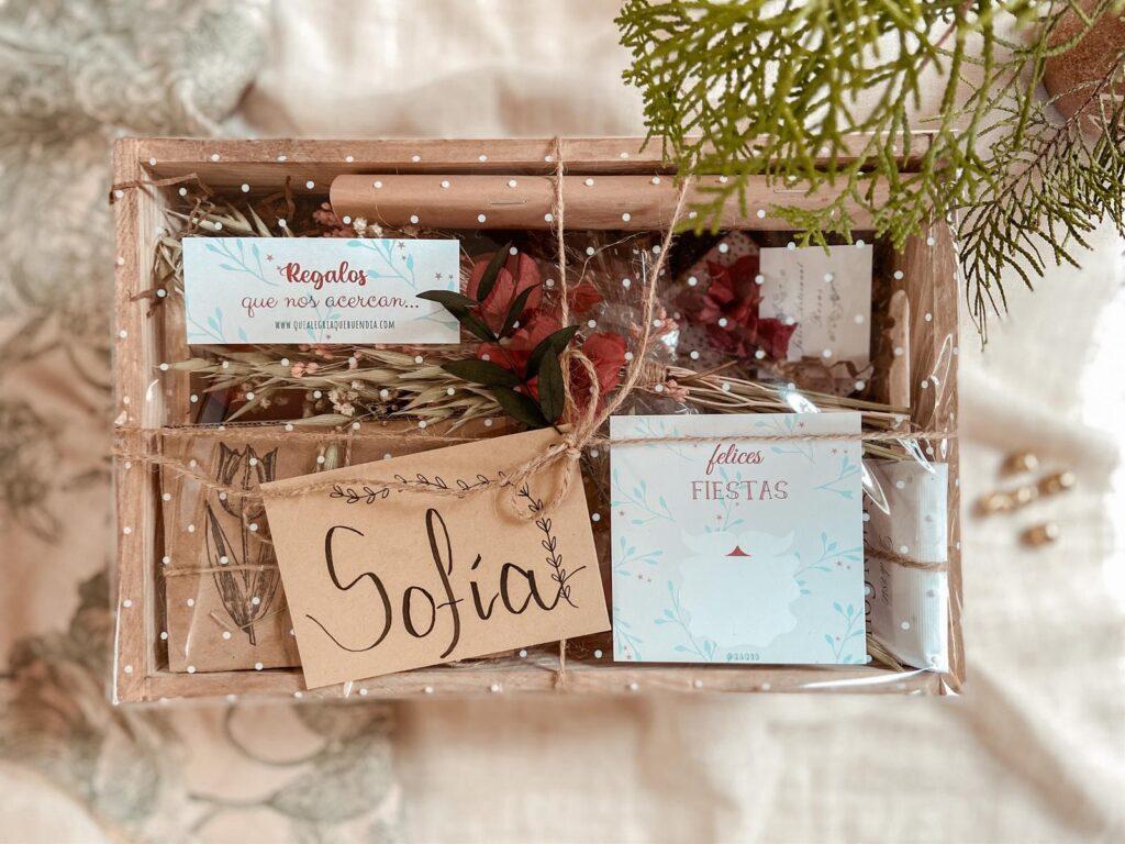 Tienda Online_Regalos_ Pack Persona Especial 2 Empaquetado Felices Fiestas