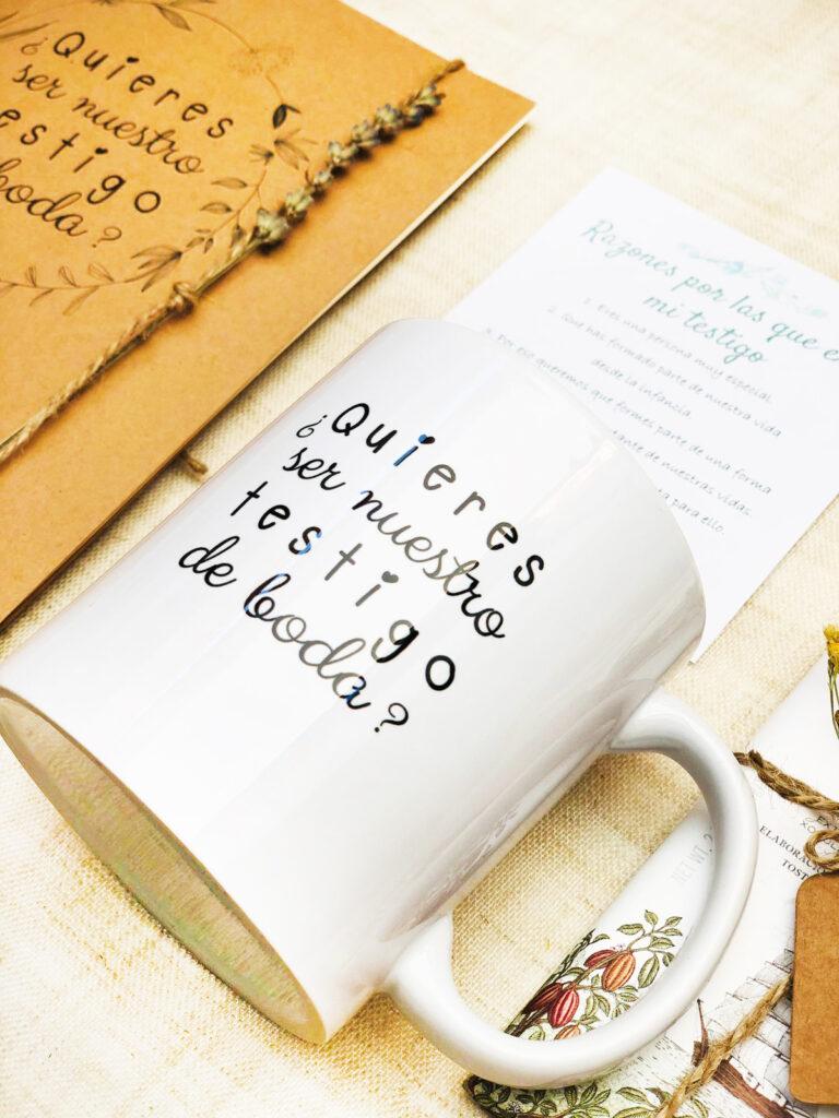 Taza del pack regalo boda quieres ser mi testigo_3