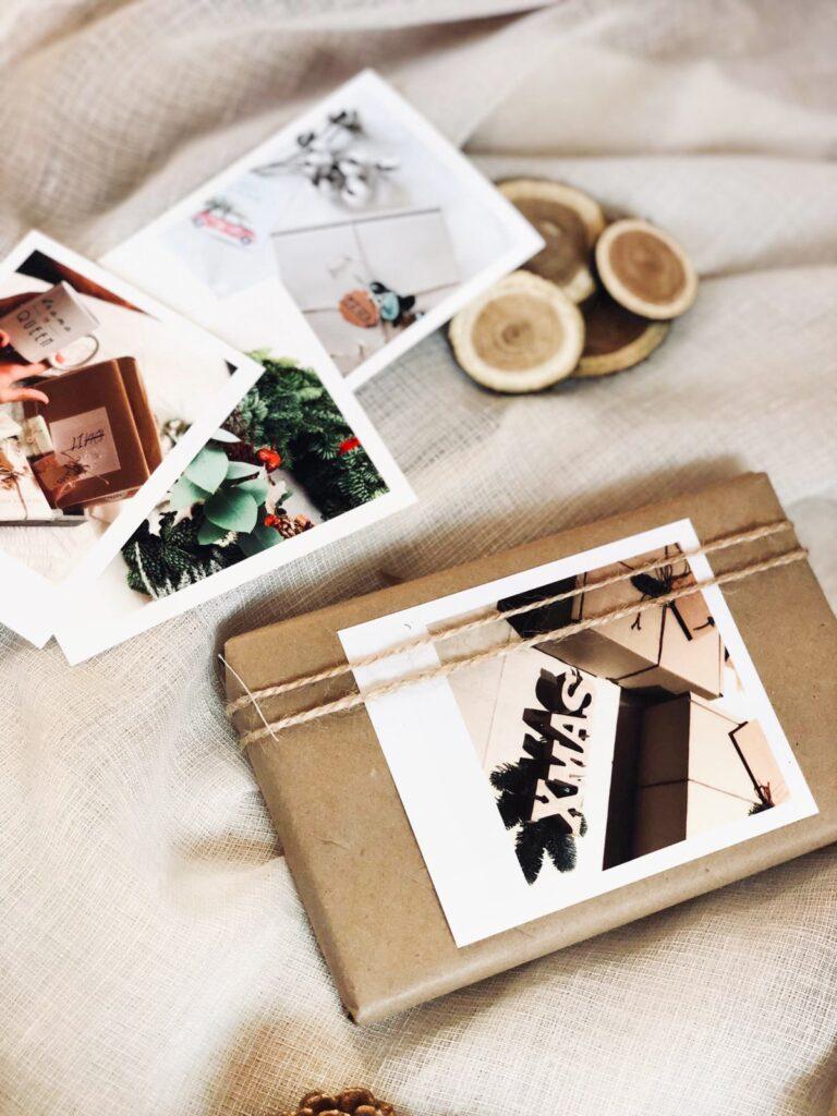 Recuerdos Fotograficos como una idea para envolver tus regalos