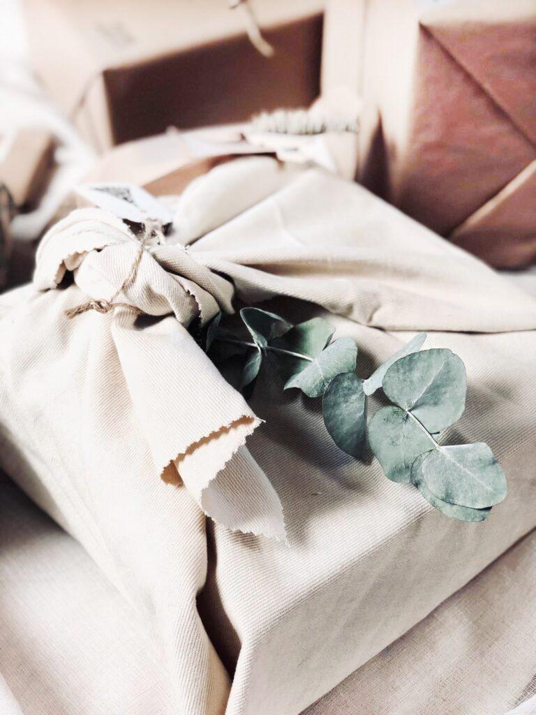 Como envolver regalos para estas navidades