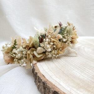 Corona Flores Preservadas Zaira estil boho en tonalidades tostadas, ocres, verdes y blancas