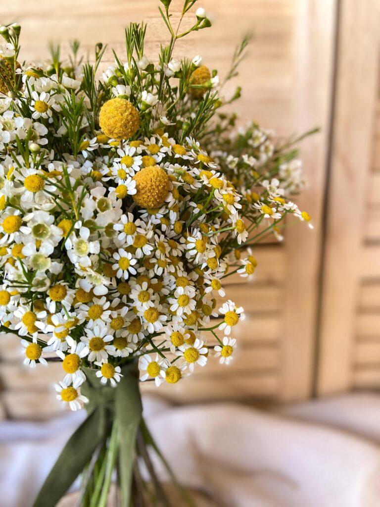 Ramo de novia de flores naturales hecho por que alegria que buen dia