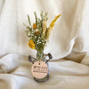 Pack Taller Floral Mini Flores Preservadas en tonos cremitas y amarillos