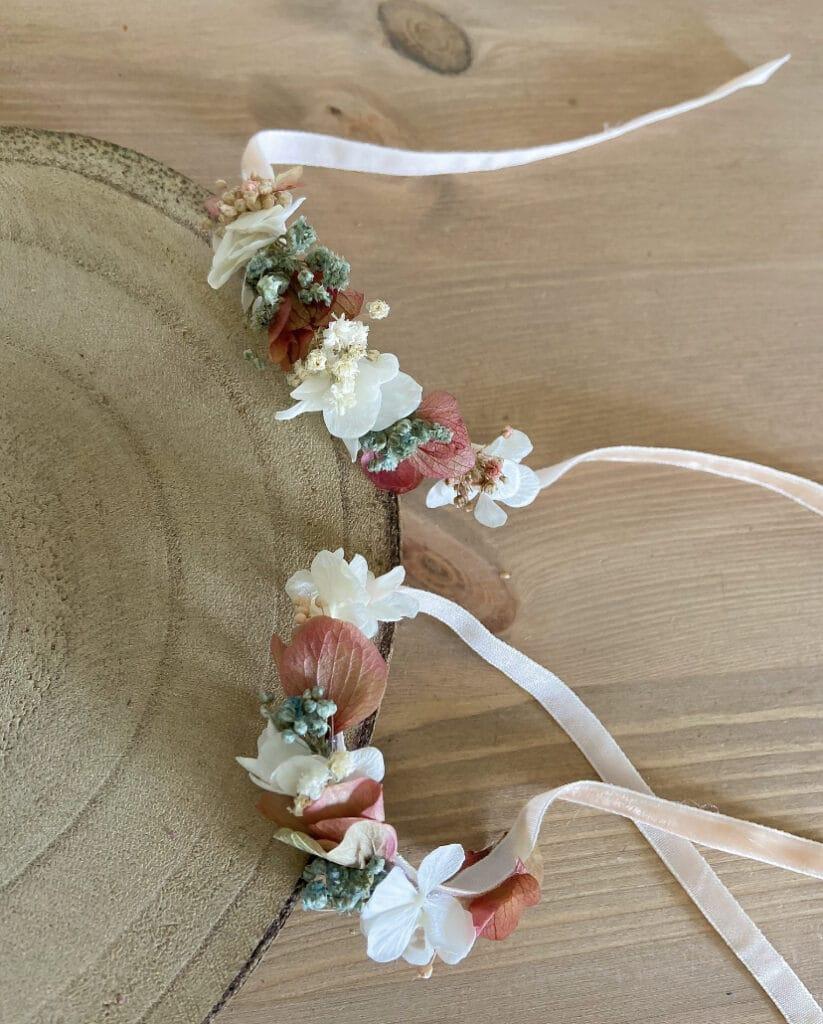Pulseras de flores para amigas y novias