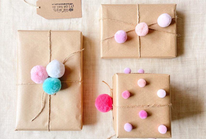 Envuelve tus regalos para los pequeños de la casa de esta forma tan divertida