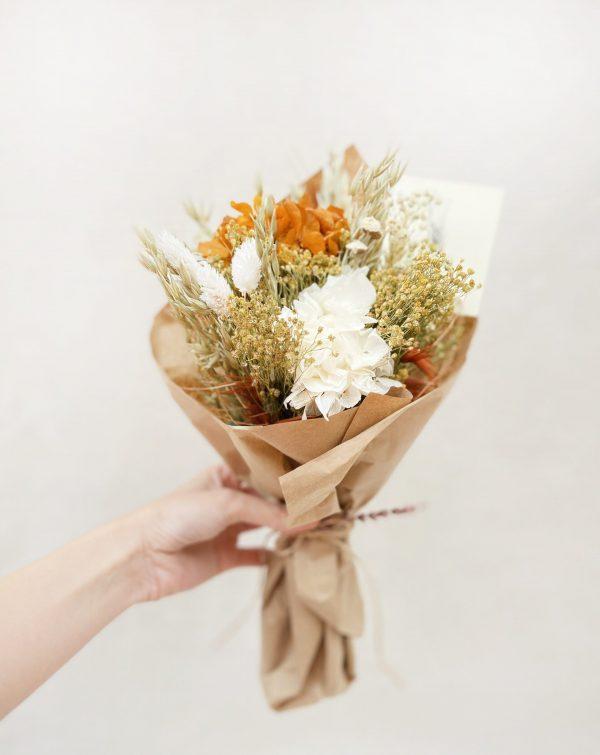 Ramito de Flores Preservadas en tonos amarillos y blancos Kendra
