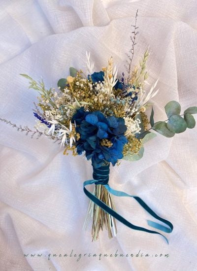 Ramo Preservado ideal para novias en tonos azules y tostados