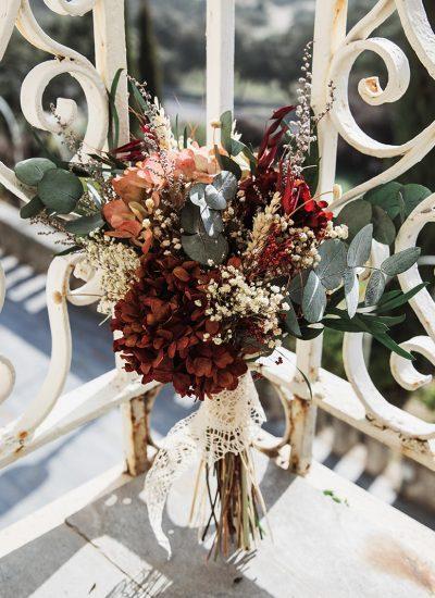 Ramo de novia con flores preservadas que cuentan tu historia de amor